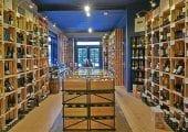 Bij ons is de wijnbeleving anders, maar niet minder gezellig